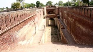 Haryana: Historic Baudi Kuyee of Meham a victim of negligence