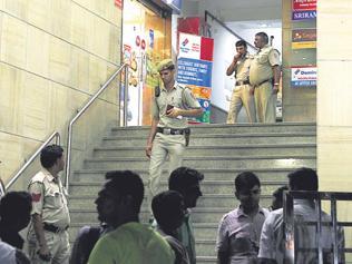 Shootout at Sagar Ratna