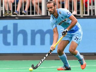 Hockey: Pacy Australia beat India 6-2; van Ass blames nerves