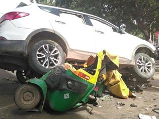 Gang-related shooting on MG road in Gurgaon, auto driver killed