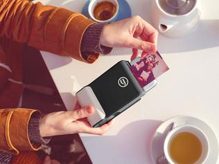 Spotlight: This case turns your phone into a Polaroid
