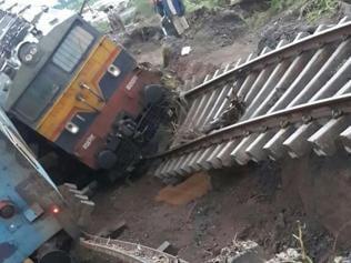 16 passengers still missing in Harda train accident