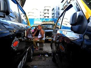 Should taxi and auto drivers know Marathi, or Mumbai?