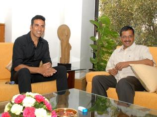 Kejriwal offers support to Akshay Kumar on the farmer-widows' cause