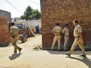Youth found dead in Bisada, family alleges police harassment