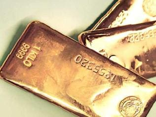 Six kg gold bars seized from two in Nathula