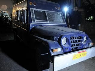 Delhi: Driver of ATM cash van flees with Rs 22.5 crore