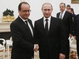 Putin agrees to strengthen cooperation with France against IS