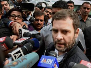 'Public pressure' forced Modi to invite Sonia, Manmohan: Rahul