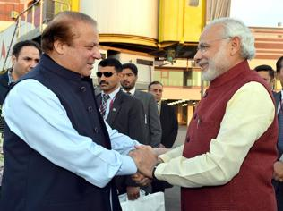 Modi's Pak visit huge gamble, but worth the risk if it ends in peace