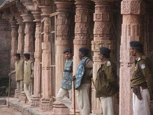 MP town tense over prayers at disputed Bhojshala monument