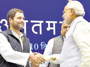 Image traps: Modi should alter style, Rahul substance