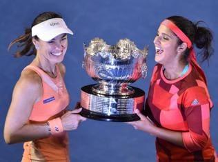 Sania-Martina on a roll, win third consecutive Grand Slam title