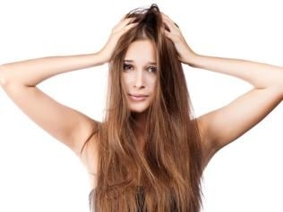 DIY: Best tips that will add life to your dull hair