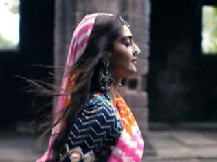Wanna catch Sonam Kapoor in new Coldplay video? You better not blink