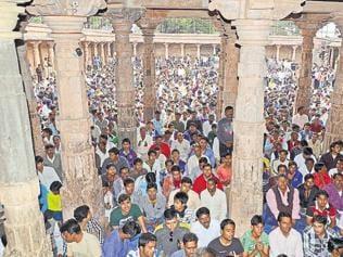 Communal crisis brews at Dhar disputed shrine