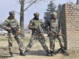 After Pampore attack, J-K police to review security of govt buildings