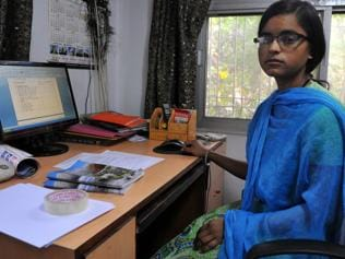 Husband told her to pick between him and studies, she chose both