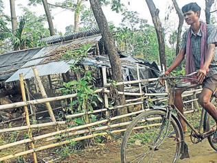 Bengal: After 45 years, Lal Jhamela basti no more Left citadel