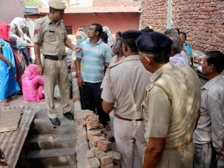 Mother poisons three daughters, kills self in Faridabad