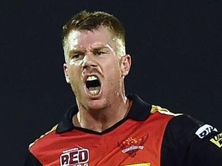 David Warner, once goaded by Virender Sehwag, stoops to conquer again