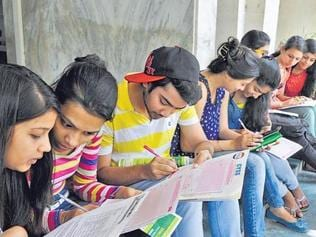 Can 90- in Class 12 English make life easy in college?