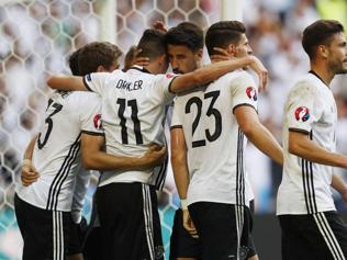 Germany desperate to reverse losing streak against Italy in Euro 2016