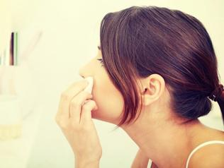 No more skin woes: Here's how to beat monsoon beauty bummers