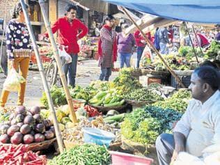 Veggie, tuber prices shoot up again, Gurgaon residents worried