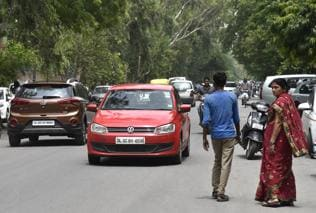 Defence Colony demands speed breakers on 1.5km stretch