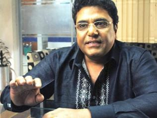 Bollywood stereotyping bars actors from breaking cliches: Zakir Hussain