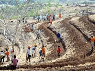 States rejected 8 out of every 10 claims for land by tribals last year
