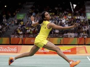 Twitter applauds PV Sindhu as the Indian shuttler enters finals at Rio