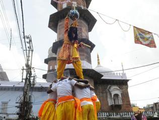 Dahi Handi celebrations: SC's directive overlooked, minor injured in Bhopal