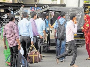 Commuters in Gurgaon want fare meters installed in autos