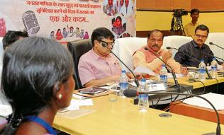 Arrest middlemen involved in trafficking, Das tells police