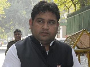 AAP suspends sacked minister Sandeep Kumar from party membership