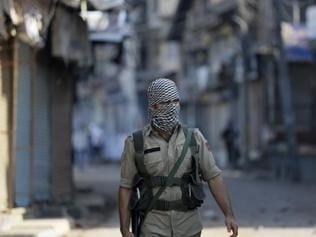 Centre hardens stance,  will not hold talks with Kashmir separatists