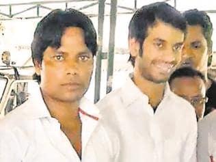Bihar health min Tej Pratap Yadav seen with yet another murder suspect