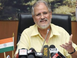AAP ministers, L-G office spar after Jung asks Sisodia to return from Finland