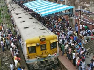 Goods trains out of way, Central Railway suburban trains get punctual