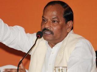Nitish-Raghubar cold war has both states riveted