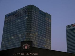 Brexit: Top banks prepare to leave London