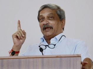 Will correct disparity in military, civilian officers' rank structure: Parrikar