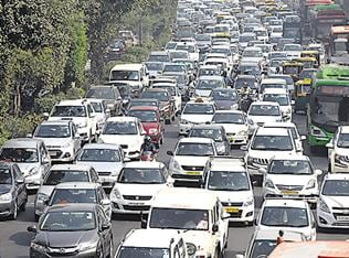 South Delhi packed as vehicles  zip past toll-free DND flyway
