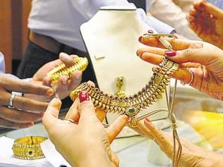 Gold jewellery sales rise 30% during Dhanteras