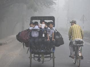 Delhi witnesses worst smog in 17 years: CSE
