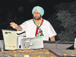 SC Sutlej verdict a moment for Badal's belligerence, Captain's martyr stroke