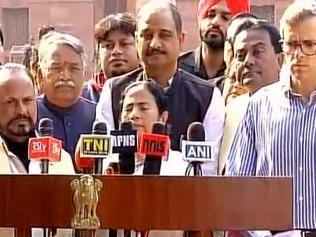 Demonetisation Day 8 | It has sparked a sort of constitutional crisis: Mamata