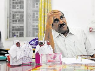 MPBSE staff caught taking Rs 25,000 bribe in new banknotes